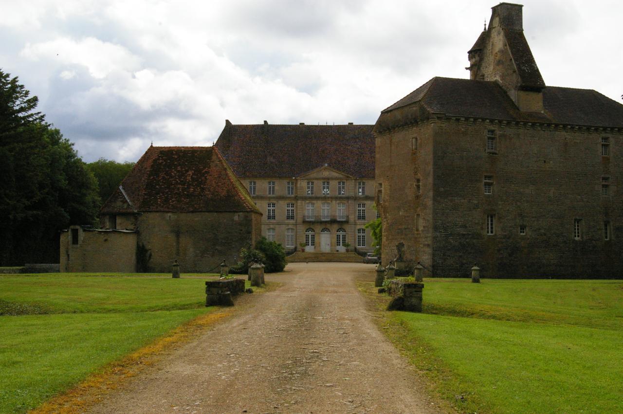Châteaux de Thénissey