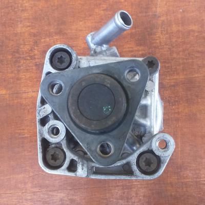 Pompe de direction assistée diesel